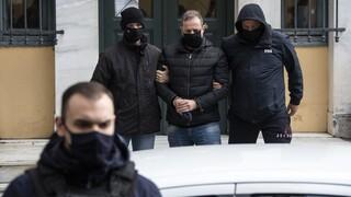 Με νέο δικηγόρο και βαρύ κατηγορητήριο ο Δημήτρης Λιγνάδης - Τι θα πει στην απολογία του