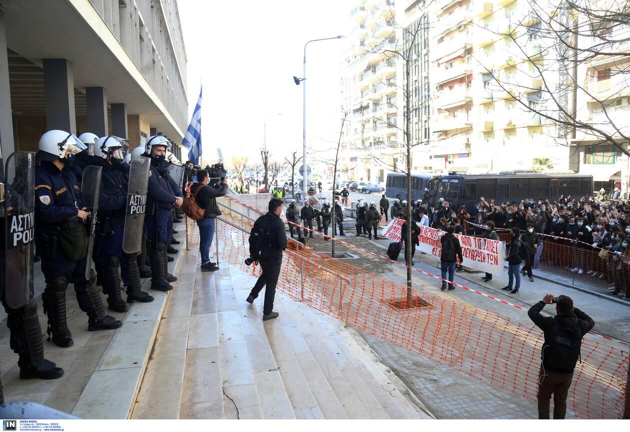 https://cdn.cnngreece.gr/media/news/2021/02/23/255629/photos/snapshot/3102154.jpg