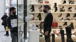 Ανοίγουν τα καταστήματα; Ο νέος αριθμός για το λιανεμπόριο και τα σενάρια για το lockdown