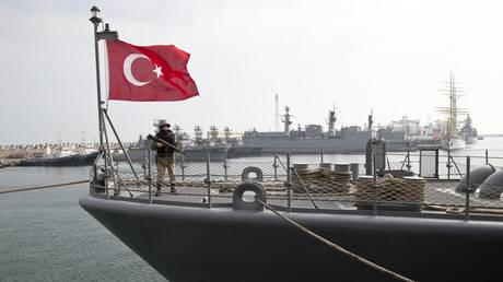 «Γαλάζια Πατρίδα»: Η Τουρκία βγάζει το στόλο της στο Αιγαίο και τη Μεσόγειο