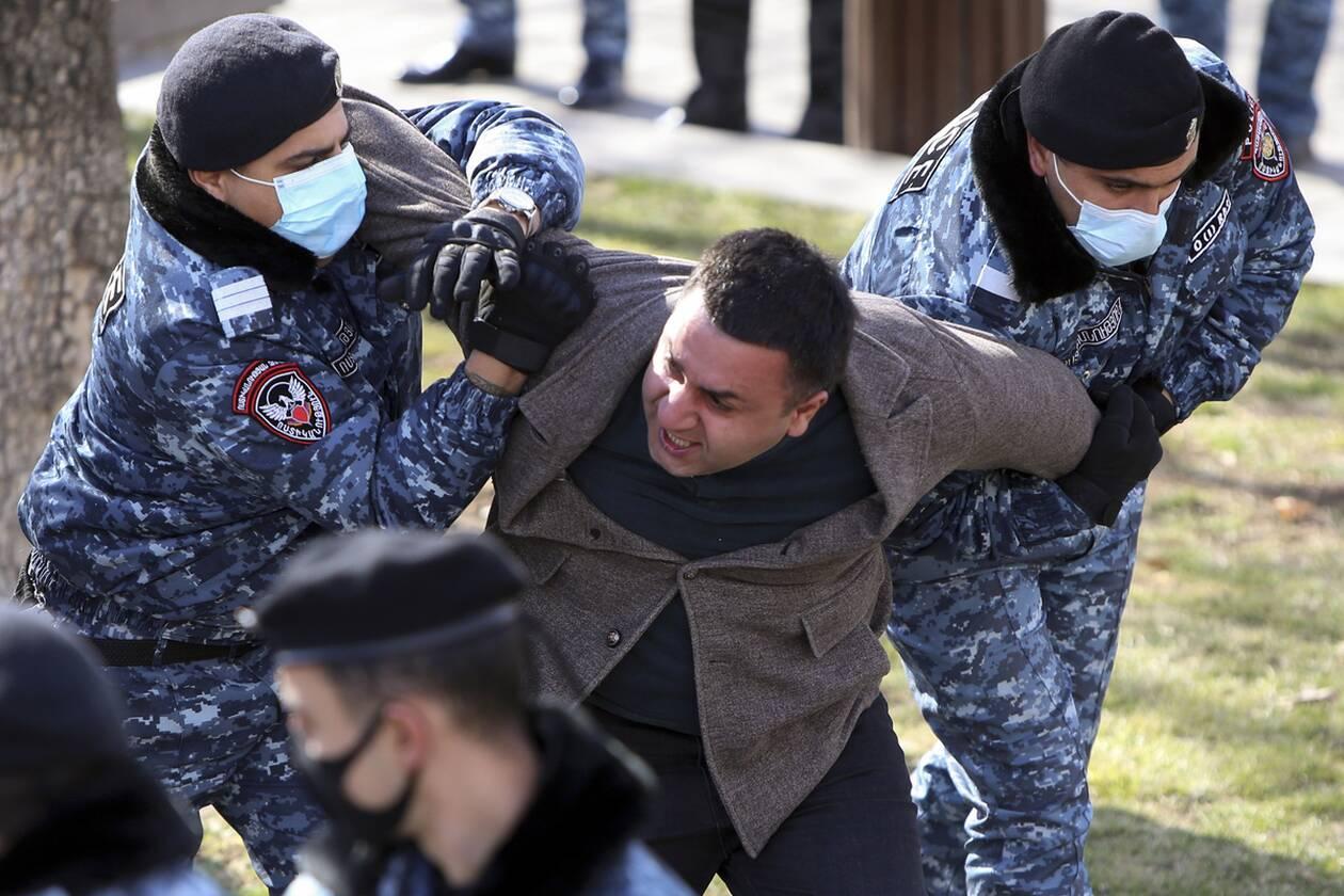 https://cdn.cnngreece.gr/media/news/2021/02/25/255908/photos/snapshot/armenia_pasinian-1.jpg
