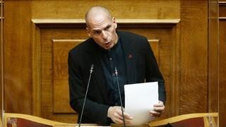 #metoo - Βαρουφάκης: Χτίζετε λιθαράκι - λιθαράκι δικτατορία με κοινοβουλευτικό μανδύα