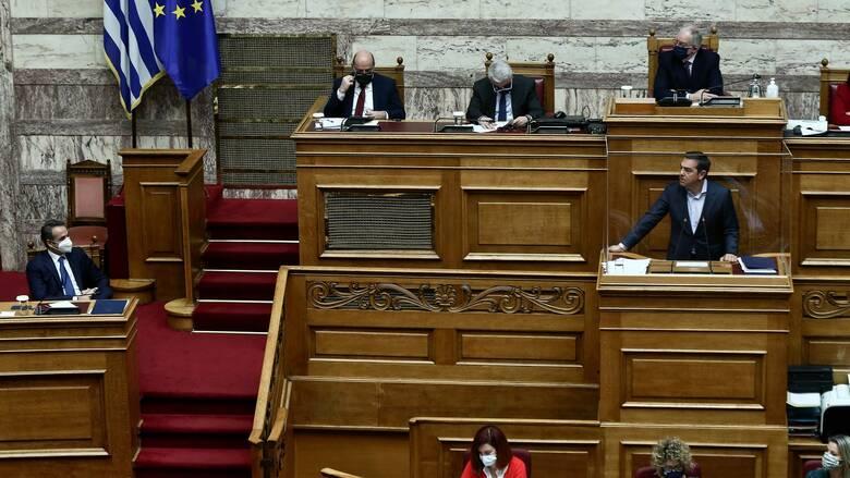 Η απάντηση Μητσοτάκη στον Τσίπρα, ο Πολάκης και οι θεσμικές πρωτοβουλίες