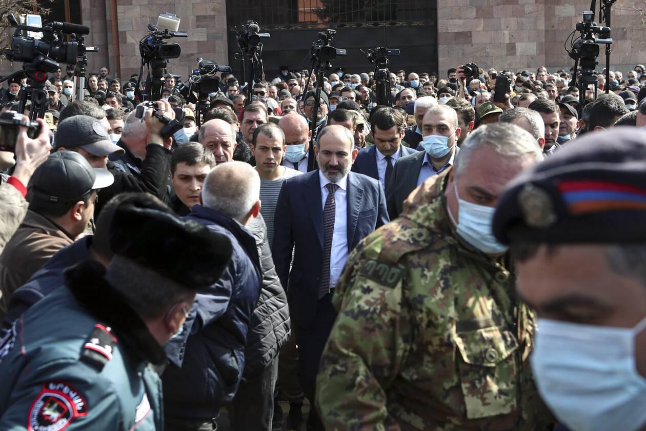 https://cdn.cnngreece.gr/media/news/2021/02/25/255952/photos/snapshot/armenia_pasinian-4.jpg