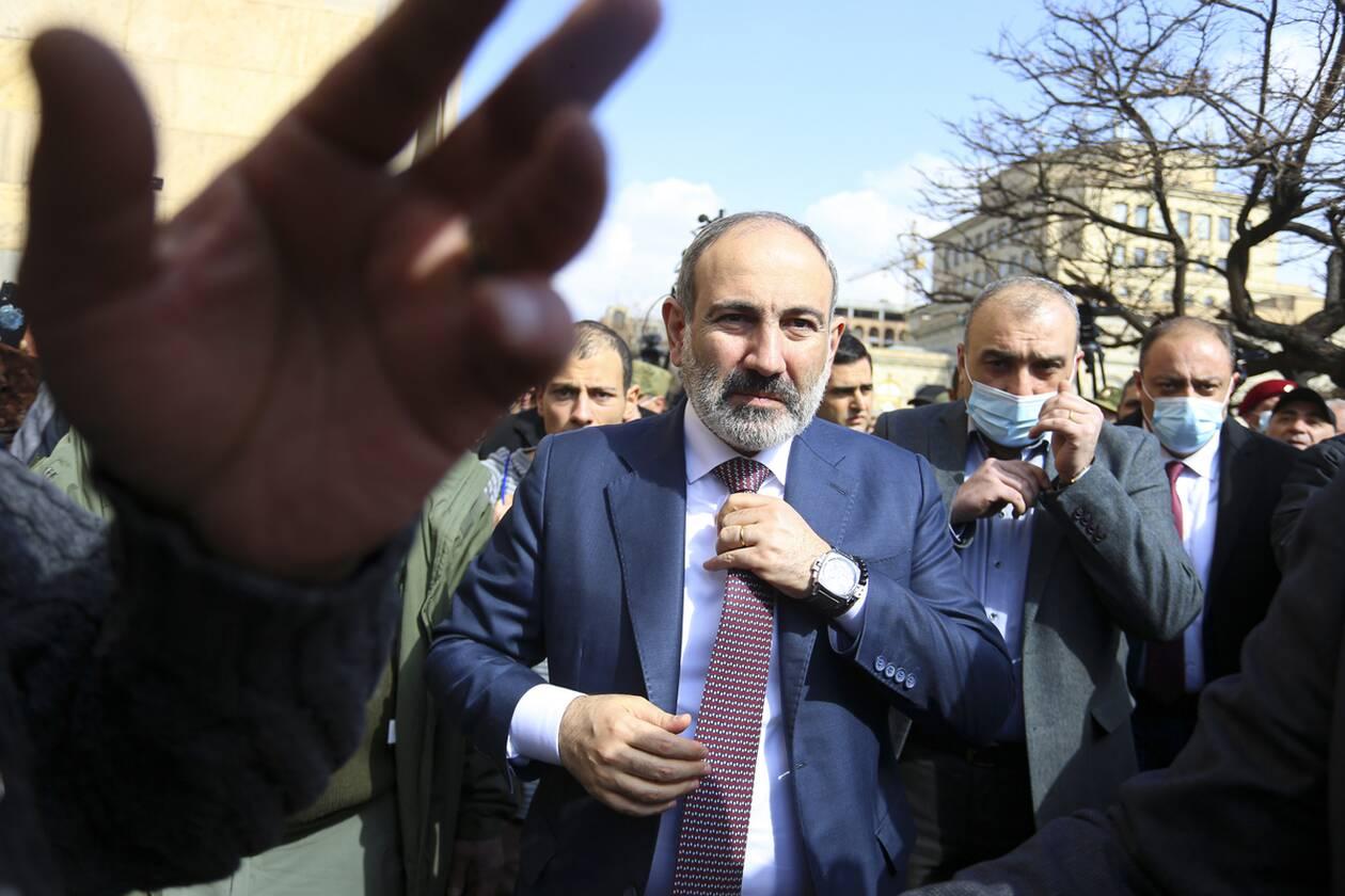 https://cdn.cnngreece.gr/media/news/2021/02/25/255952/photos/snapshot/armenia_pasinian-5.jpg