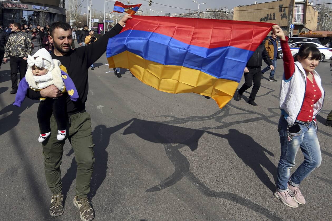 https://cdn.cnngreece.gr/media/news/2021/02/25/255952/photos/snapshot/armenia_pasinian-7.jpg