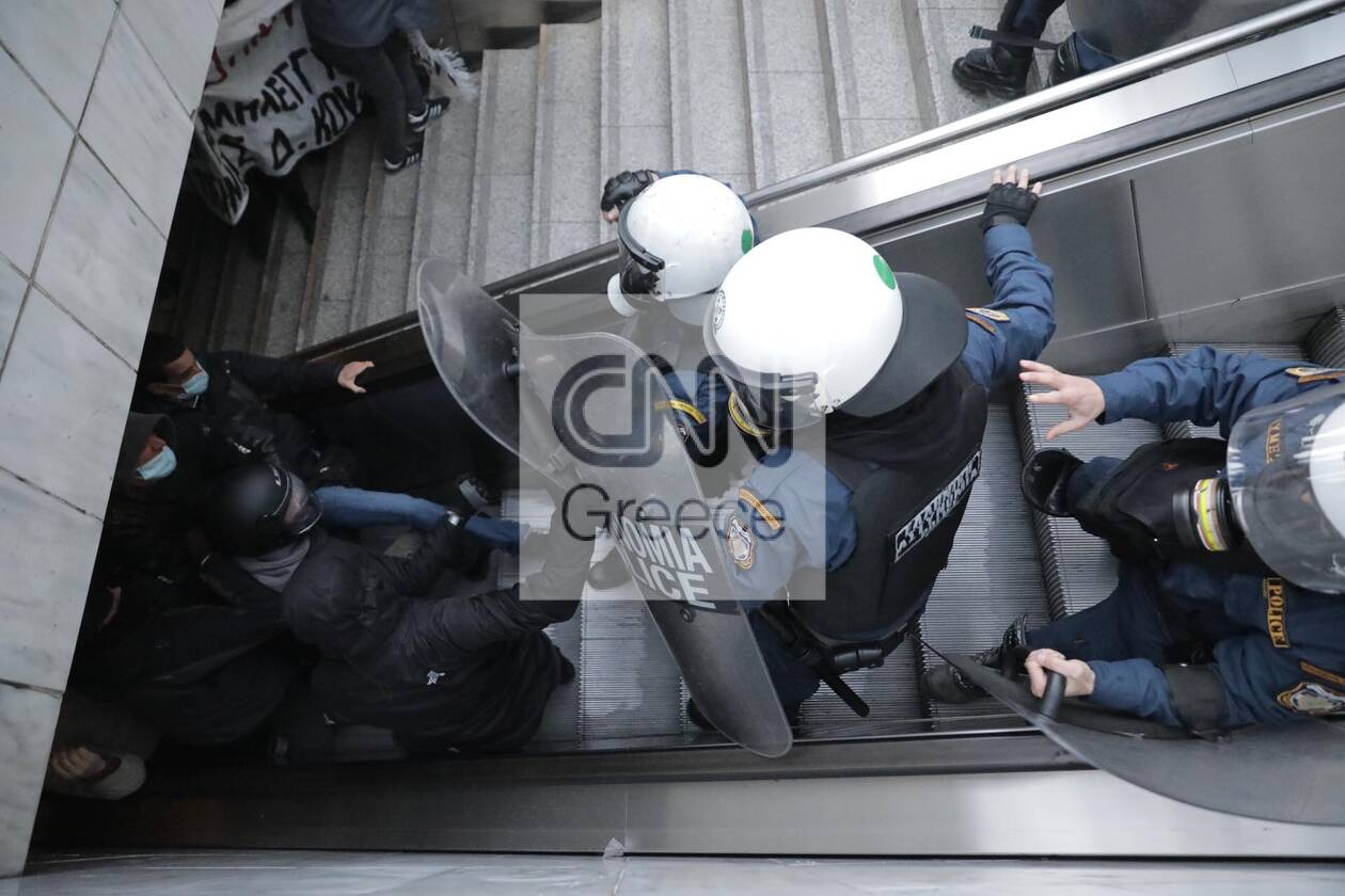 https://cdn.cnngreece.gr/media/news/2021/02/26/256078/photos/snapshot/koufontinas-elas-omonoia-3.jpg