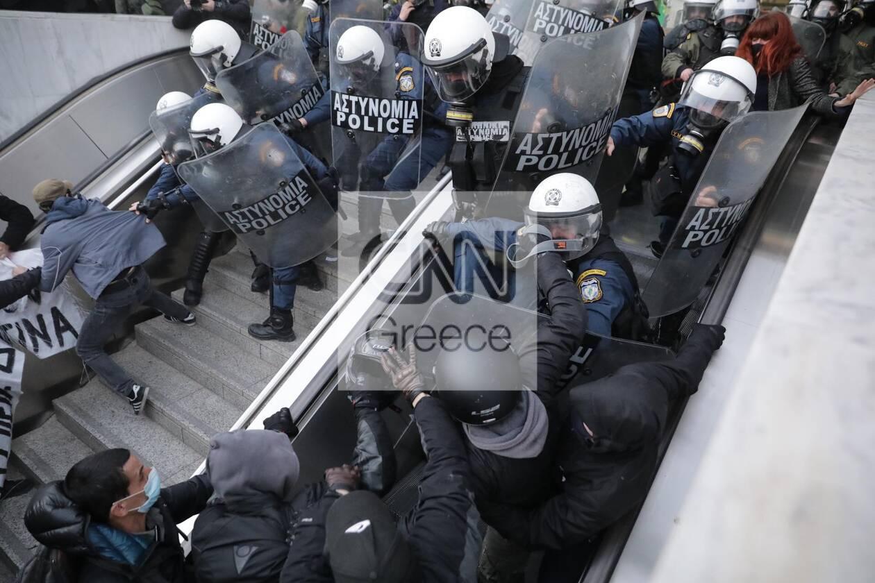 https://cdn.cnngreece.gr/media/news/2021/02/26/256078/photos/snapshot/koufontinas-elas-omonoia-7.jpg