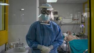 Κορωνοϊός: «Φουσκώνει» το τρίτο κύμα της πανδημίας - Σκληρότερα μέτρα σε περισσότερες περιοχές