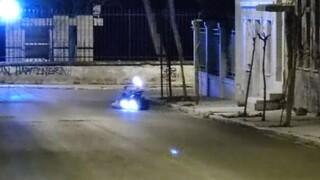 Από γκαζάκια και μπιτόνι με εύφλεκτο υγρό ο εμπρηστικός μηχανισμός στο Ίδρυμα Μητσοτάκη
