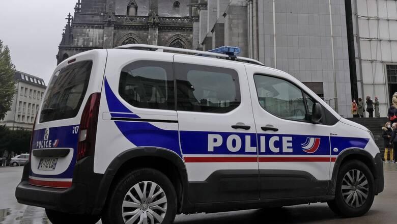 Γαλλία: 12 χρόνια κάθειρξης σε έναν μαιευτή για πάνω από 10 βιασμούς γυναικών ασθενών