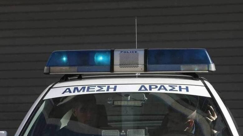 Λαμία: Ένταση και προσαγωγές έξω από το νοσοκομείο για τον Κουφοντίνα