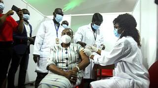 Κορωνοϊός: Ξεκίνησαν οι εμβολιασμοί μέσω του προγράμματος COVAX στην Αφρική