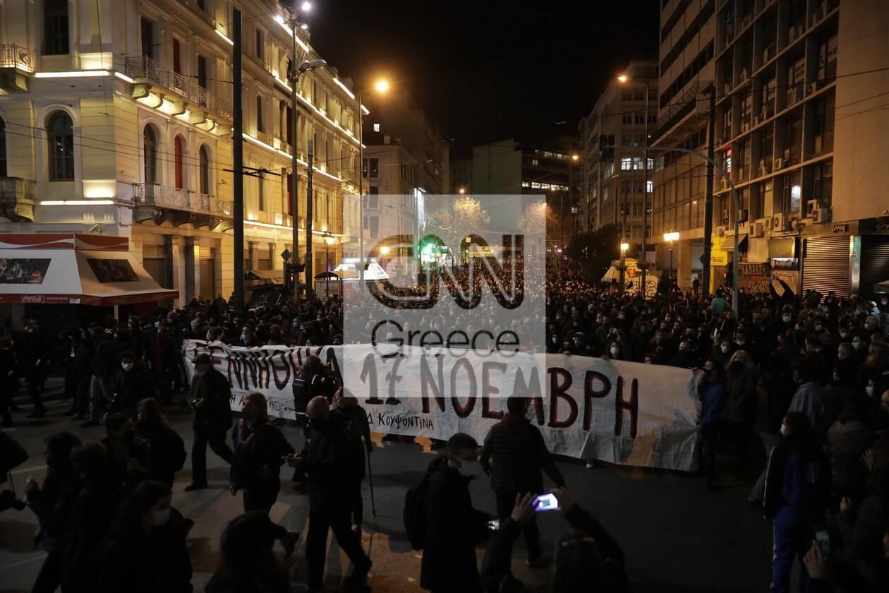 https://cdn.cnngreece.gr/media/news/2021/03/02/256584/photos/snapshot/koufontinas-syntagma-4.jpg