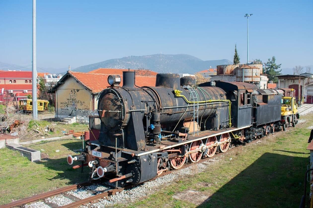 https://cdn.cnngreece.gr/media/news/2021/03/03/256653/photos/snapshot/train5.jpg