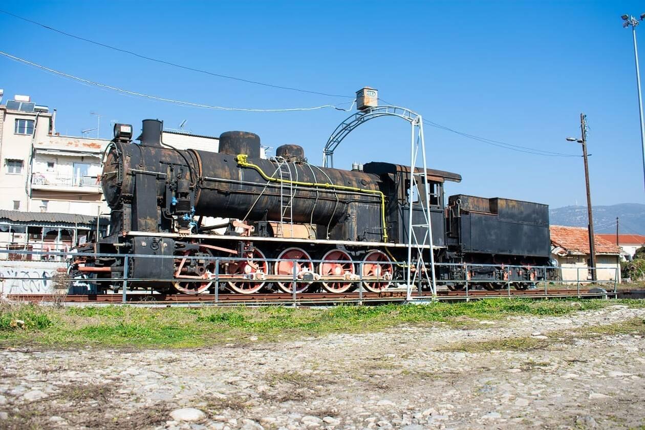 https://cdn.cnngreece.gr/media/news/2021/03/03/256653/photos/snapshot/train6.jpg