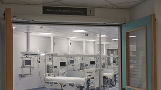 Κορωνοϊός: Στο «κόκκινο» οι ΜΕΘ με 449 διασωληνωμένους - 2.219 νέα κρούσματα και 35 θάνατοι