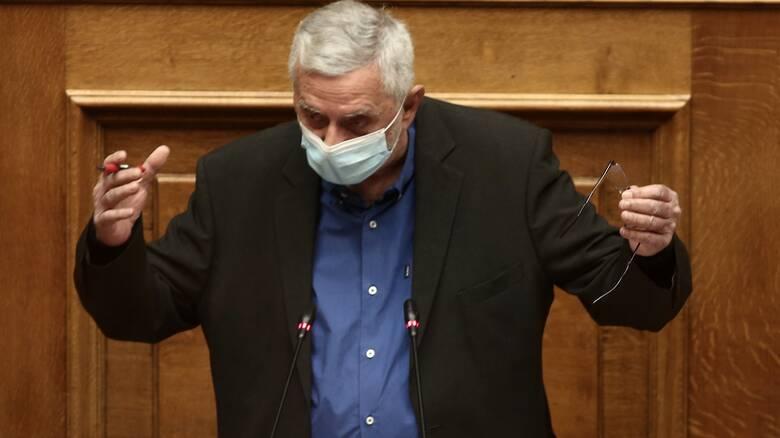 Λογοδότησε» ο Δρίτσας στη Βουλή - Άγρια κόντρα με Γεωργιάδη - CNN.gr