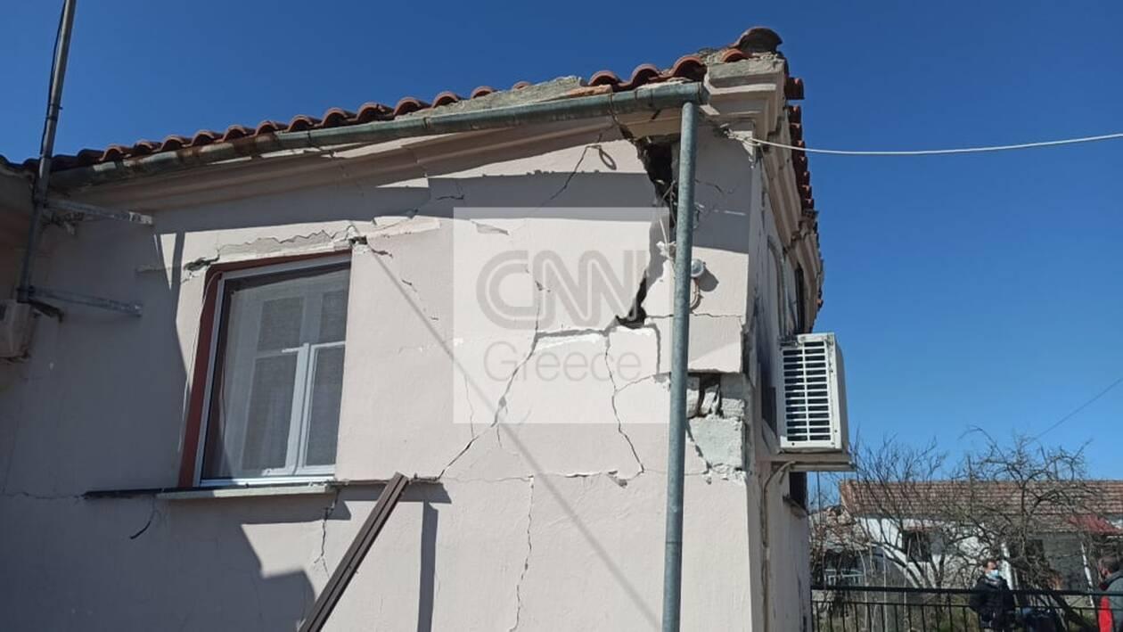 https://cdn.cnngreece.gr/media/news/2021/03/04/256904/photos/snapshot/seismos-mesochori-3.jpg