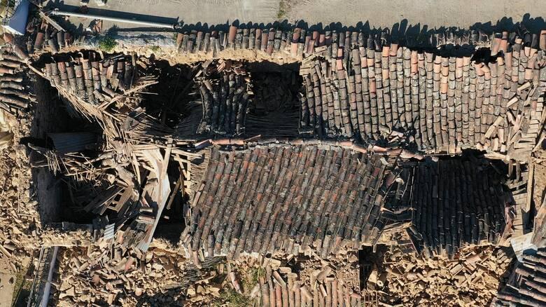 Σεισμός Ελασσόνα: Βούλιαξε το έδαφος κοντά στο Δαμάσι - Τι έδειξαν δορυφορικές εικόνες