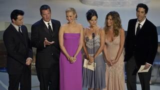 «Τα Φιλαράκια»: Ο Ντέιβιντ Σουίμερ δίνει λεπτομέρειες για τα γυρίσματα του τηλεοπτικού reunion
