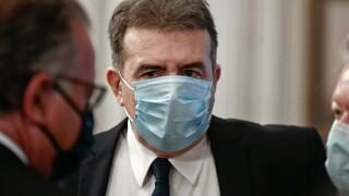 Μ. Χρυσοχοΐδης από Κέρκυρα: Κάντε υπομονή, εμβολιαστείτε όλοι με τη σειρά σας