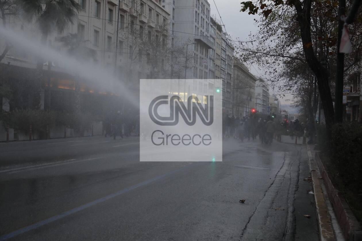 https://cdn.cnngreece.gr/media/news/2021/03/05/257059/photos/snapshot/epeisodia-athina-1-1.jpg