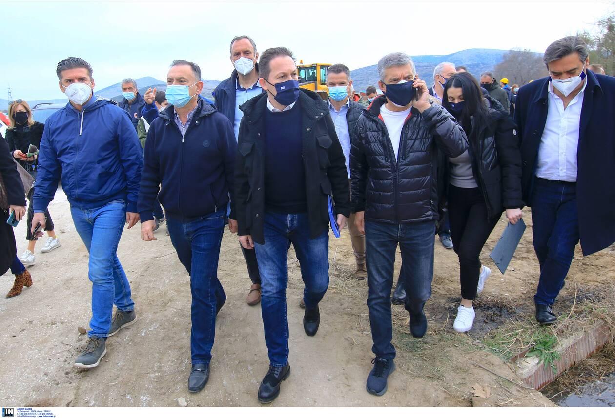 https://cdn.cnngreece.gr/media/news/2021/03/06/257103/photos/snapshot/petsas-2.jpg