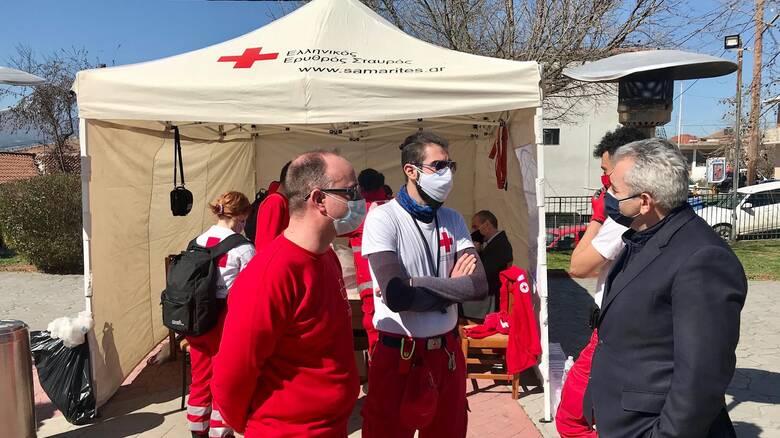 Σεισμός Ελασσόνα: Στις σεισμόπληκτες περιοχές ο Μάξιμος Χαρακόπουλος