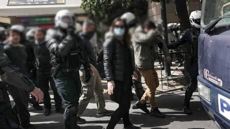 Ένταση στο Σύνταγμα: Επτά συλλήψεις, ελεύθερος ο γιος του Κουφοντίνα και άλλοι προσαχθέντες