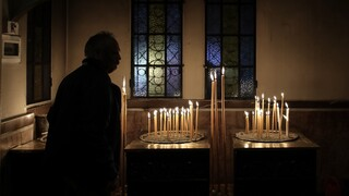 Κορωνοϊός - Εξαδάκτυλος: Μπορεί να γιορτάσουμε κανονικά φέτος το Πάσχα