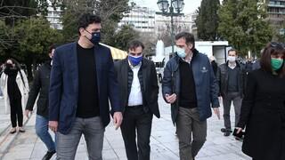 Αυτοψία Κικίλια - Σχοινά σε κινητές ομάδες Covid: «Παρακολουθούμε το θέμα των μεταλλάξεων»