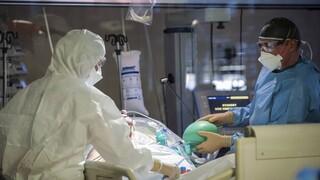 Κορωνοϊός - Παγώνη: Στο peak τα κρούσματα αυτή την εβδομάδα - Σταδιακή αποκλιμάκωση