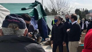 Χαρακόπουλος για σεισμόπληκτους: Θετικό ότι έφτασαν τα πρώτα τροχόσπιτα, αναμένονται και οικίσκοι