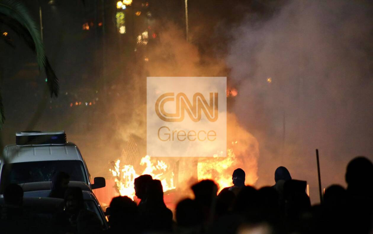 https://cdn.cnngreece.gr/media/news/2021/03/09/257552/photos/snapshot/epeisodia-e.jpg