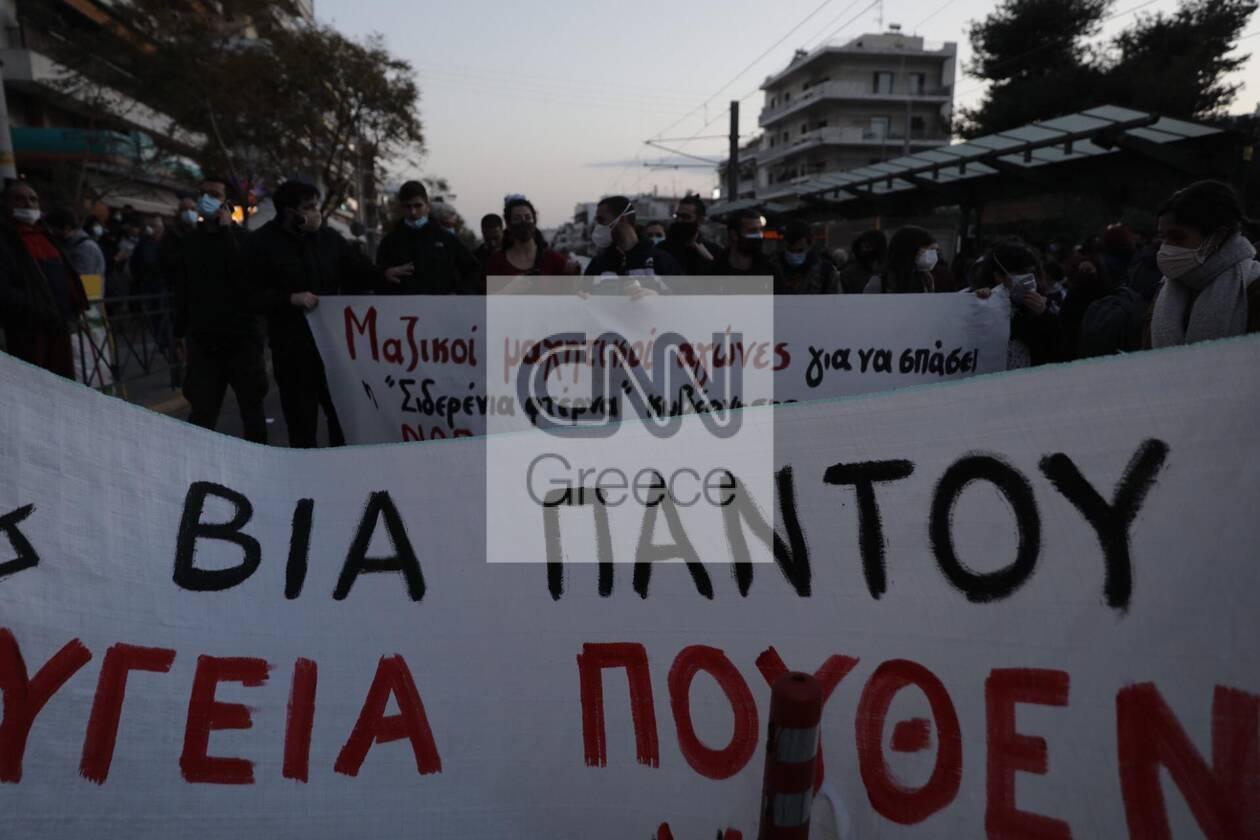 https://cdn.cnngreece.gr/media/news/2021/03/09/257552/photos/snapshot/nea-smyrni-14.jpg
