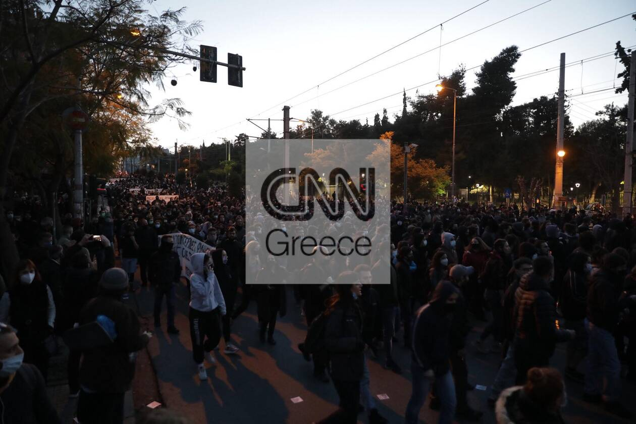 https://cdn.cnngreece.gr/media/news/2021/03/09/257552/photos/snapshot/nea-smyrni-17.jpg