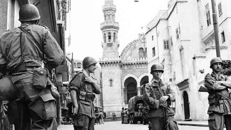 Η Γαλλία «ανοίγει» τα απόρρητα αρχεία για τον πόλεμο της Αλγερίας