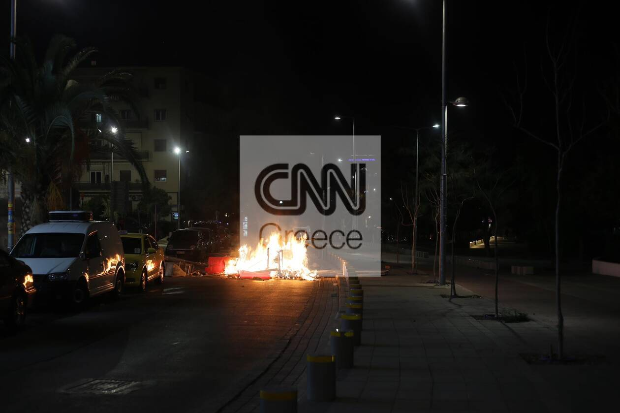 https://cdn.cnngreece.gr/media/news/2021/03/10/257594/photos/snapshot/epeisodia-b.jpg