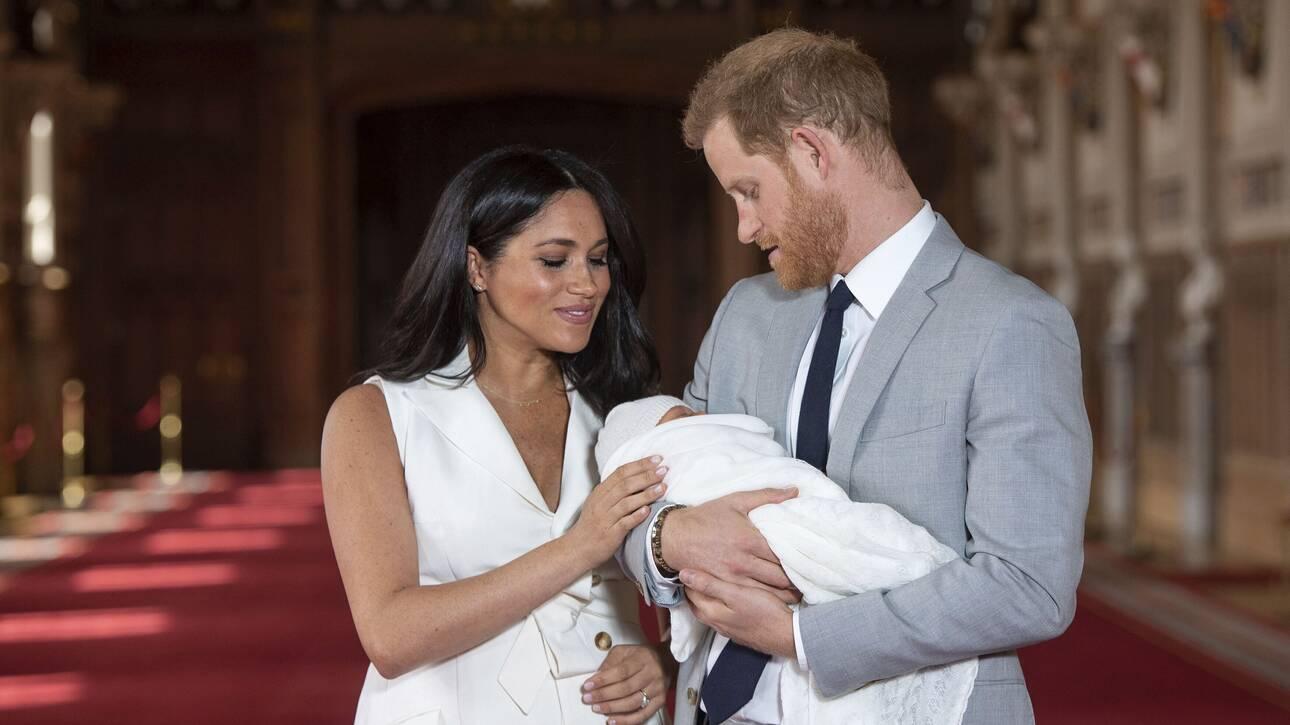 Μέγκαν και Χάρι: Ποιο μέλος της βασιλικής οικογένειας έκανε το σχόλιο για το χρώμα του μωρού; - CNN.gr