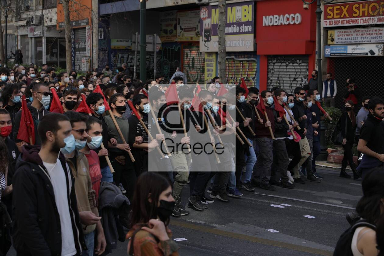 https://cdn.cnngreece.gr/media/news/2021/03/10/257663/photos/snapshot/panekpaideytiko-4.jpg