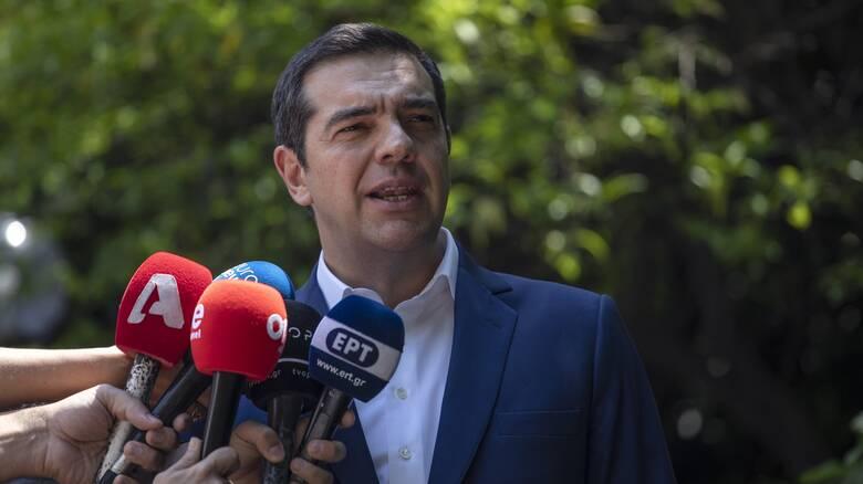 Τσίπρας: Καλώ τον κ. Μητσοτάκη να σταματήσει να επενδύει στον διχασμό