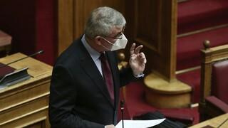 Τσακλόγλου στη Βουλή: Γκαζώνουμε προς τον βράχο αν το ασφαλιστικό δεν αλλάξει