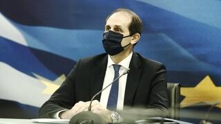 Βεσυρόπουλος: Διευκρινίσεις για τη μείωση ενοικίων και για την αναστολή των οφειλών στην εφορία