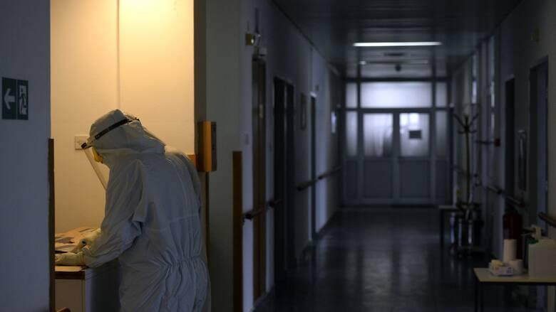 Κορωνοϊός: «Έκρηξη» με 506 διασωληνωμένους - 2.570 νέα κρούσματα, 51 θάνατοι