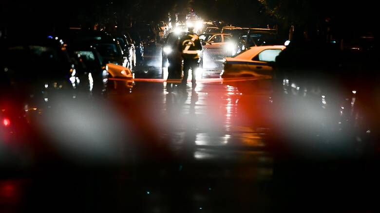 Θεσσαλονίκη: Εξερράγησαν γκαζάκια σε πυλωτή πολυκατοικίας στην Τριανδρία