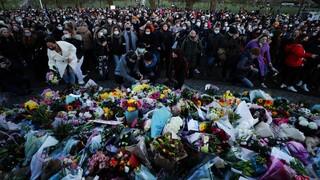 Βρετανία: Αντιδράσεις για την βίαιη αστυνομική επέμβαση σε ολονυκτία για τη Σάρα Έβεραρντ