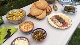 Καθαρά Δευτέρα: Πόσο στοιχίζει το Σαρακοστιανό τραπέζι