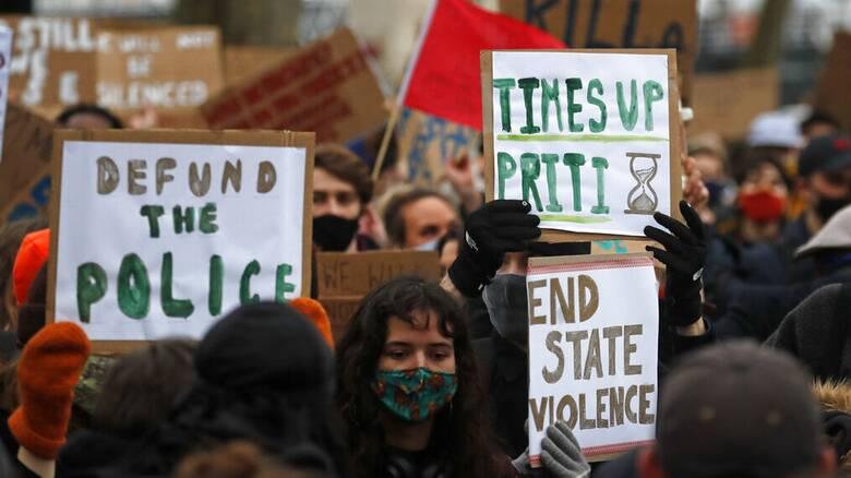 Δολοφονία Σάρα Έβεραρντ: Στήριξη Τζόνσον στην αρχηγό της Σκότλαντ Γιαρντ παρά την καταστολή