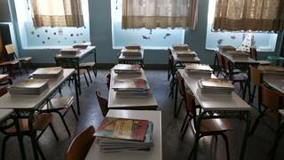 Μακρή: Αν υπάρξει παράταση του σχολικού έτους δεν θα είναι μεγαλύτερη των δύο εβδομάδων
